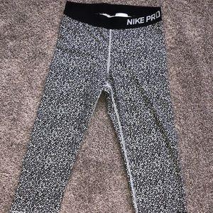 Nike Pro Dri Fit Capri